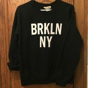 Tops - Brooklyn NY Crewneck 🗽